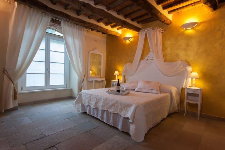 """Boutique B&B in Elba """"LEON"""" - Porto Azzurro - Bed & Breakfast"""