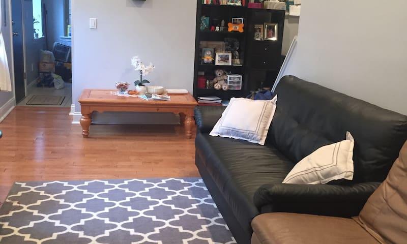 Private Room in Heart of Fishtown