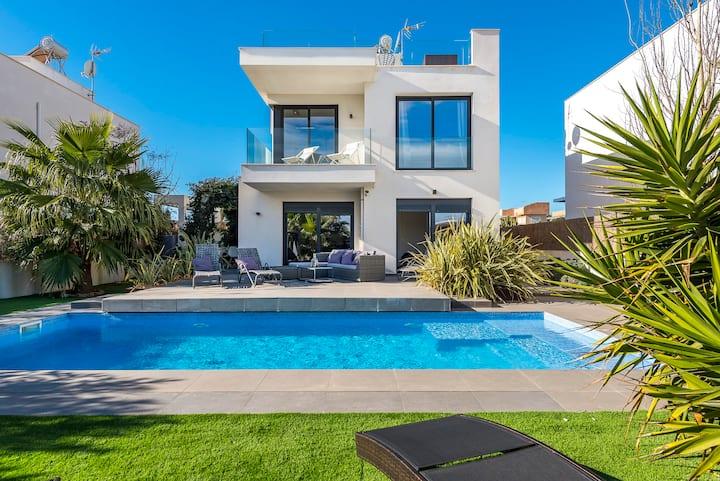 Villa 11 Oasis del Mare, EsTrenc,  Wifi, Klima