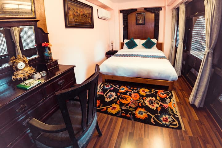The Museum Suite at Green Tara Heritage Home