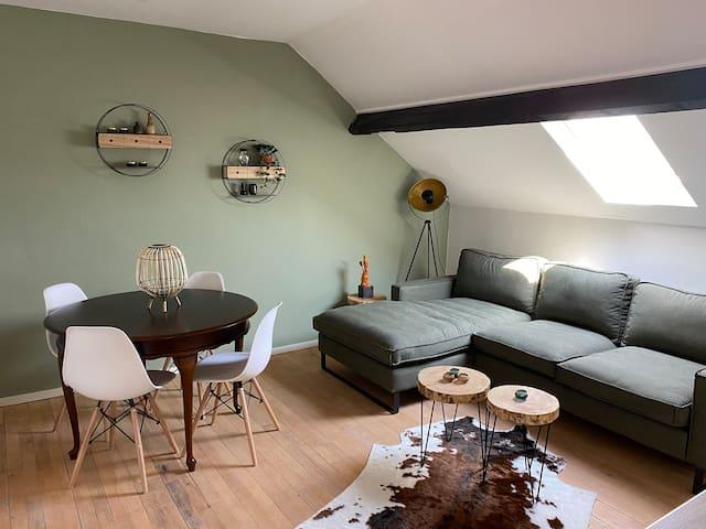 Cozy apartment (4p) prime location near Maastricht