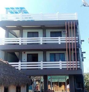Ellah Ellise Transient House 6Pax Rm2