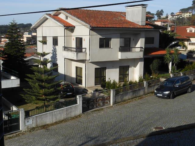 Casa familiale Quintela - Este (São Mamede)