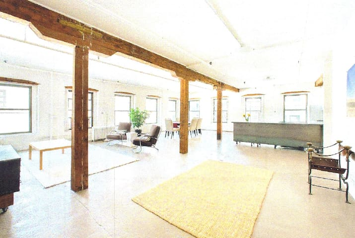 DUMBO Brooklyn Authentic Loft - Бруклин - Лофт