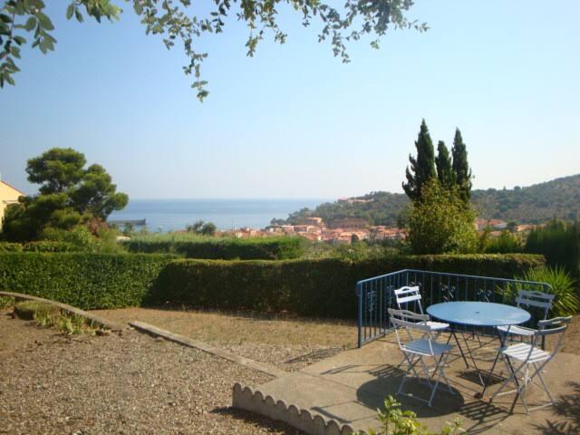 VILLA 4 PIECES JARDIN TERRASSE VUE MER COLLIOURE . - Collioure - Villa