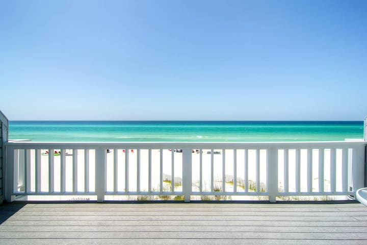 Beach FRONT- Gulf Front Balcony🌞Inspected & Disinfected🌞2BR SeaRenity at Inlet