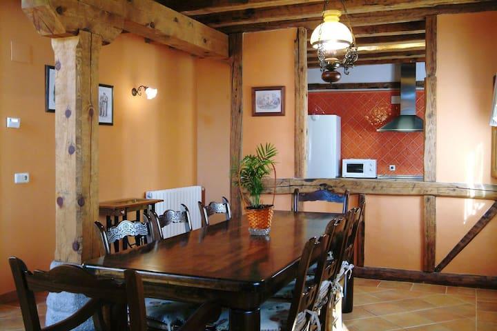 Casa Rural a 30 km de Segovia - Torreiglesias