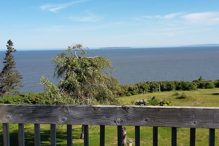 Fundy Tide - a Nova Scotia home - an amazing view!