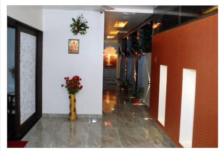 A clean,Elegant,Brand New Room in Matoshri Nagpur.