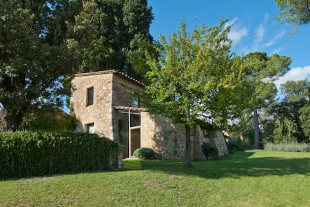 Villa di Geggiano-Perellino Suite - Bed & Breakfast