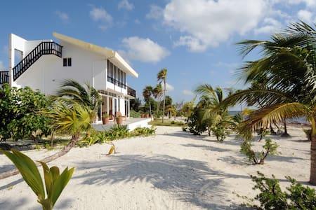 Caribbean Beach Apartment - Costa Maya