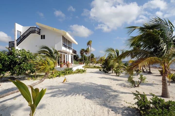 Casa Boungainvilla, Caribbean Beach House