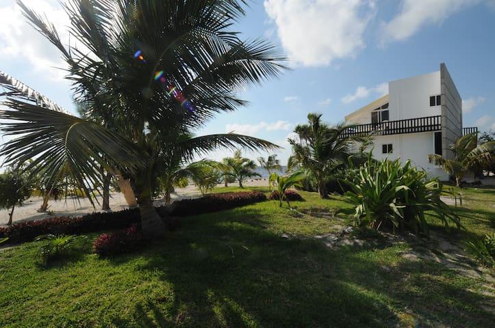 Casa Boungainvilla, Caribbean Ocean View Apartment