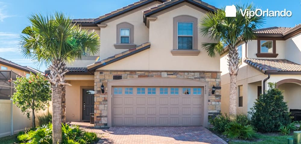 Stunning 7 Bedroom home VIP ORLANDO (211648) - Kissimmee - Rumah