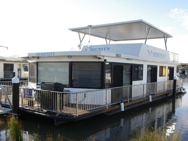 Serenity Houseboat
