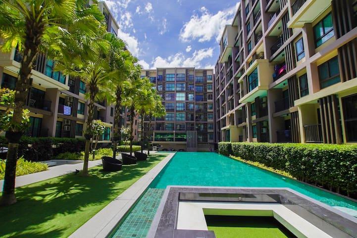 1 Bedroom Zcape 3 Condominium by Sunlife