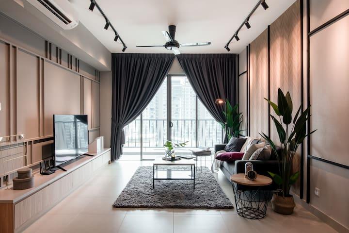 R2 Modern Design Suite @ Mont Kiara全新装潢满家乐豪华公寓