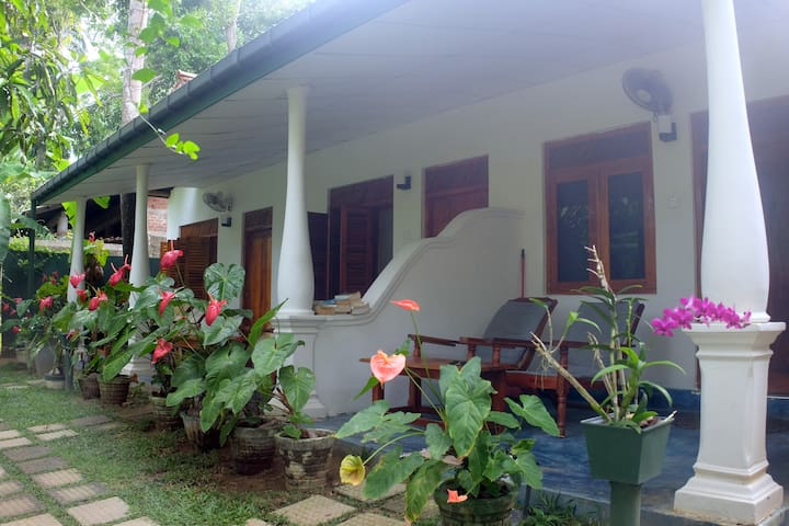 Sansala Guesthouse - Tangalle - Bed & Breakfast