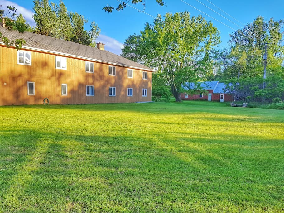 Countryside location is perfect for groups and retreats to enjoy nature and bon fires and stars.