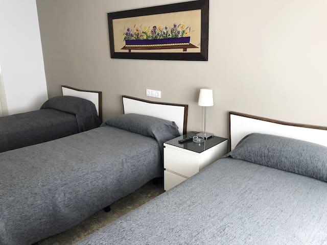 Habitación Triple Estándar - Tres camas