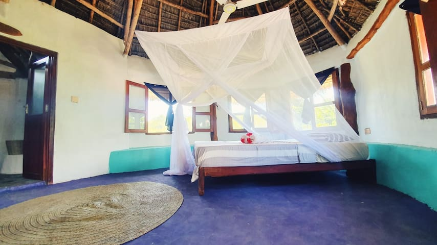 AFYA Village: Round room with a sea view