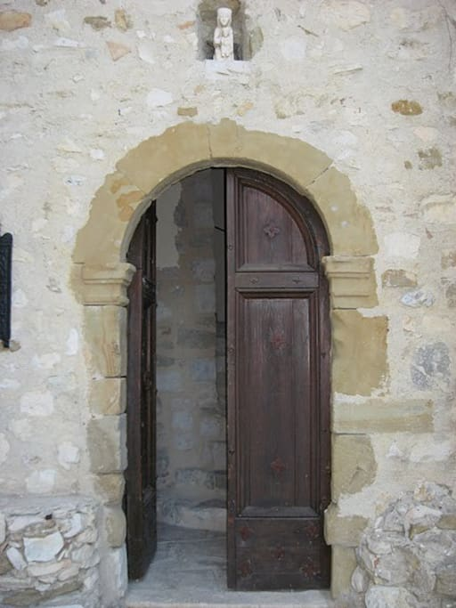 """Porte Dorée"" from the 1500's: Entrance to the chateau."