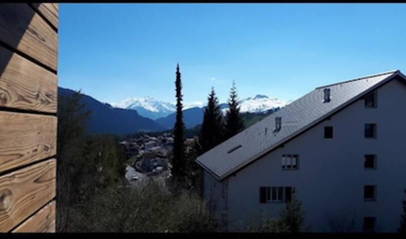2-Zimmer Wohnung mit Hallenbad&Sauna in Laax Dorf!