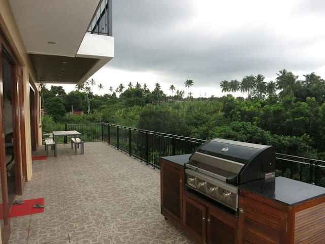 A quiet getaway for family - Silang - Huis