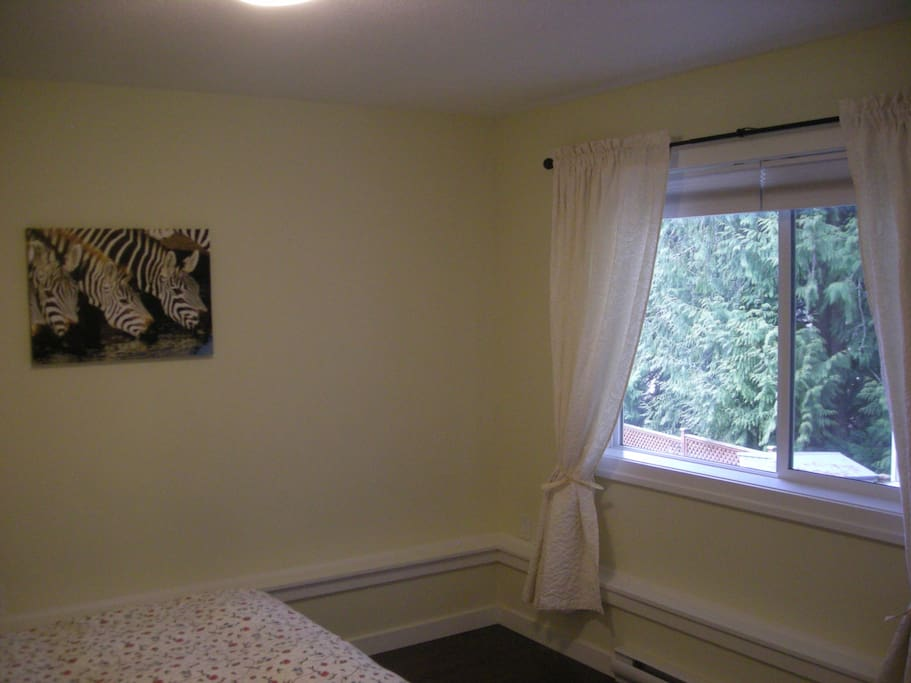 Furnished 1Br+den. Guest Suite