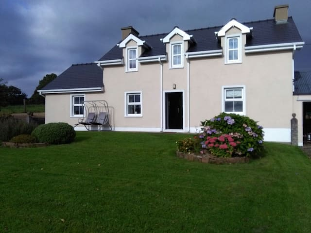 Drumlaght Cottage - County Donegal - Casa