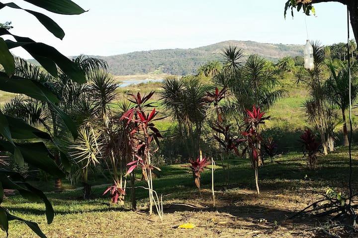Casa Sitio Beira Lago em Betim - Betim - Casa