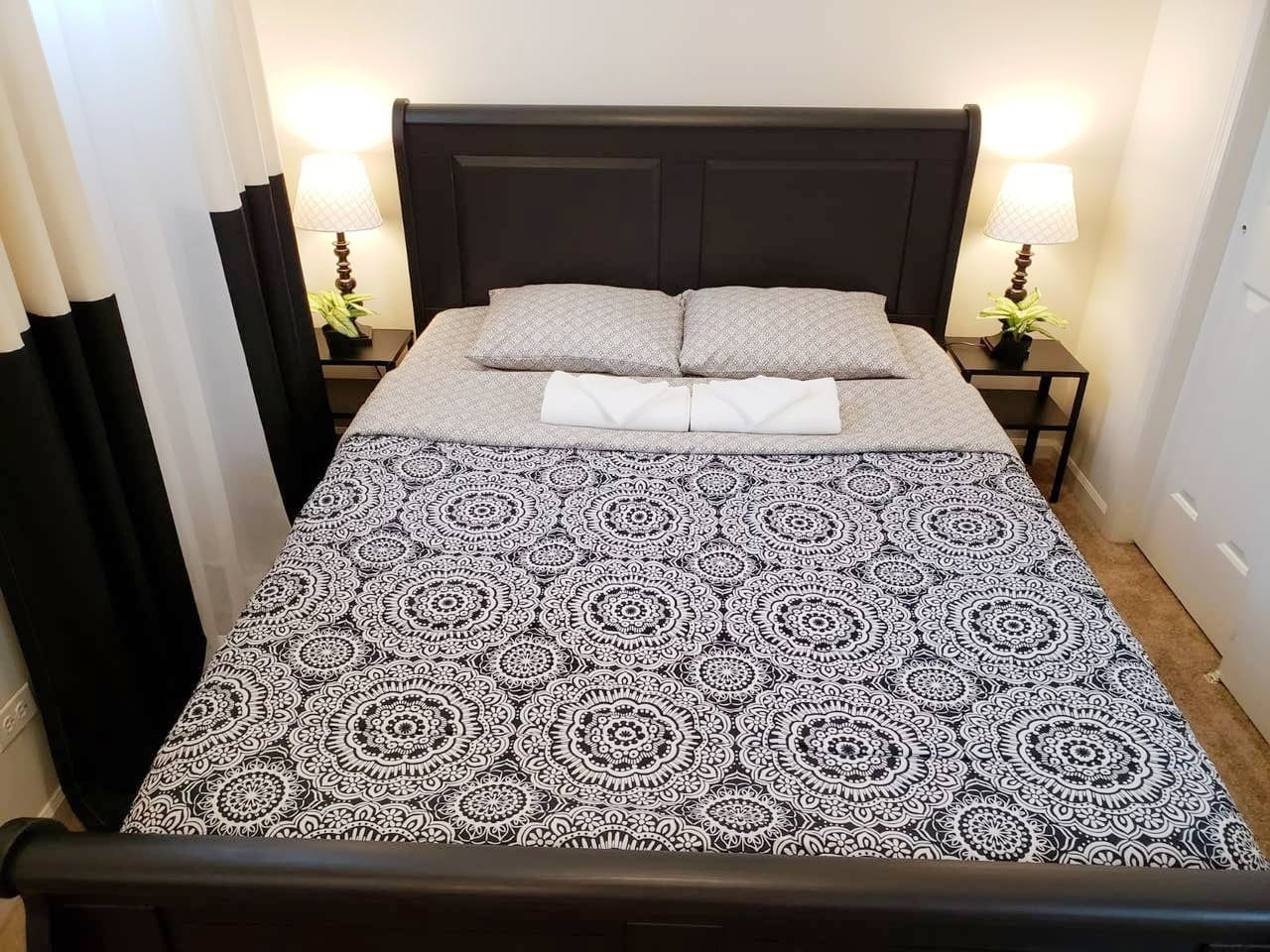 This is exactly how you will find your room when you check-in. The 1st bed is queen-sized with GREEN TEA & ALOE memory foam mattress. Fresh linens, towels and washcloths are provided and will be on your bed upon arrival.
