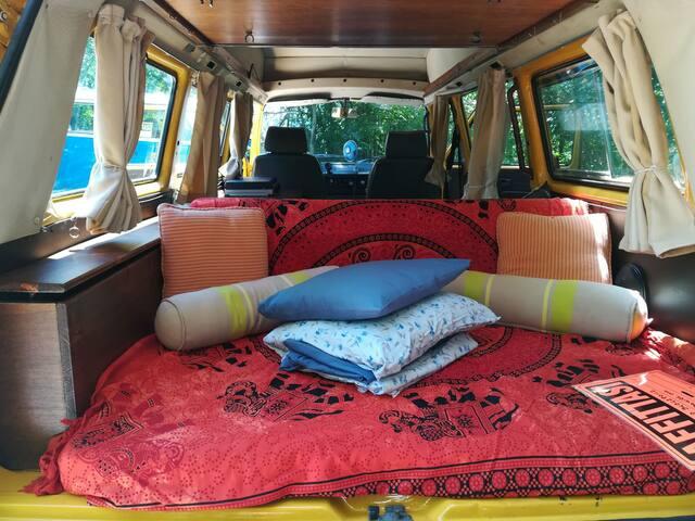 Sleep in an amazing hippy van 2