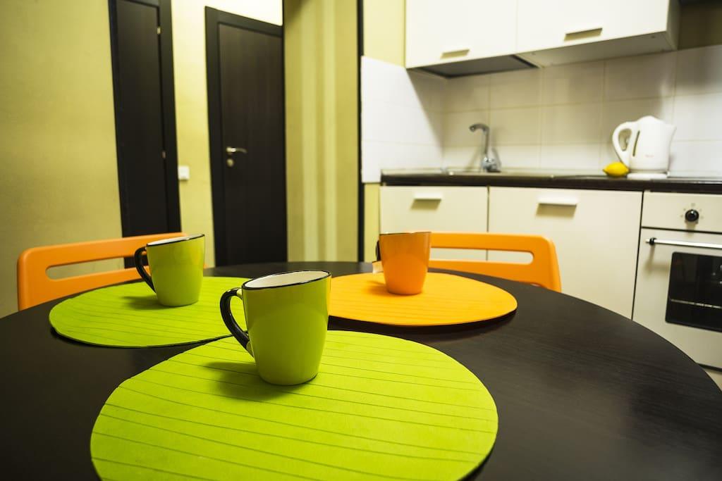Наша домашняя , уютная обстановка поможет Вам приятно провести время