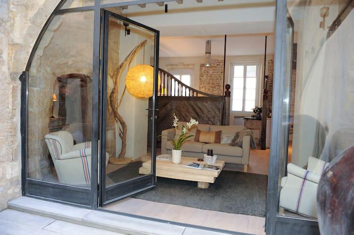 STUNNING ROMANTIC STAY IN PROVENCE - L'Isle-sur-la-Sorgue - Loft