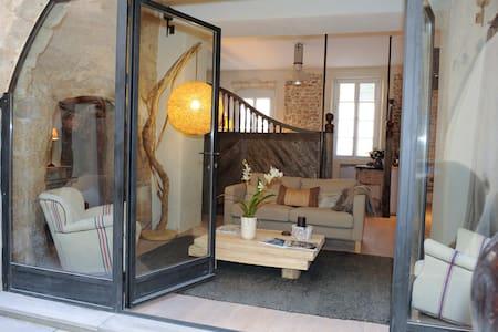 STUNNING ROMANTIC STAY IN PROVENCE - L'Isle-sur-la-Sorgue