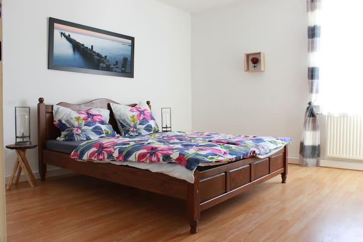 Schlafzimmer 1 ohne Beistellbett
