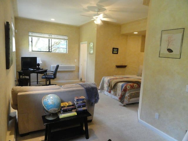 Studio Suite with 2 Queen Beds and Mini Bar