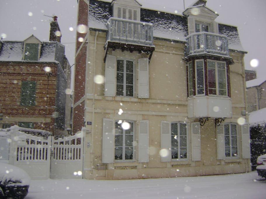 La petite maison de la ceris e maisons louer - La petite maison normandie ...