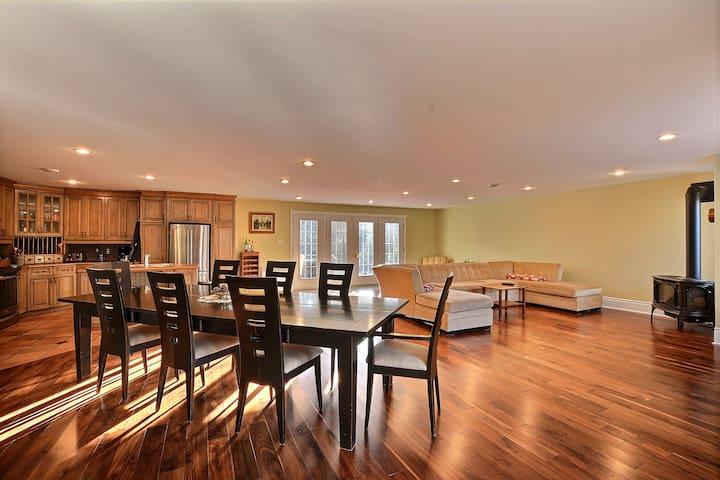 Spacious Home 15 Min. From Tremblant Ski Hills ! - La Conception - Hus