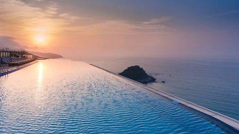 北洛秘境  邂逅一所面朝大海的房子!距离海滩仅100米,网红无边天际泳池