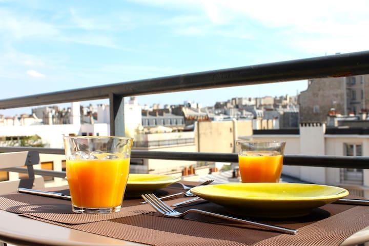 Top Floor 5* Champs Elysées