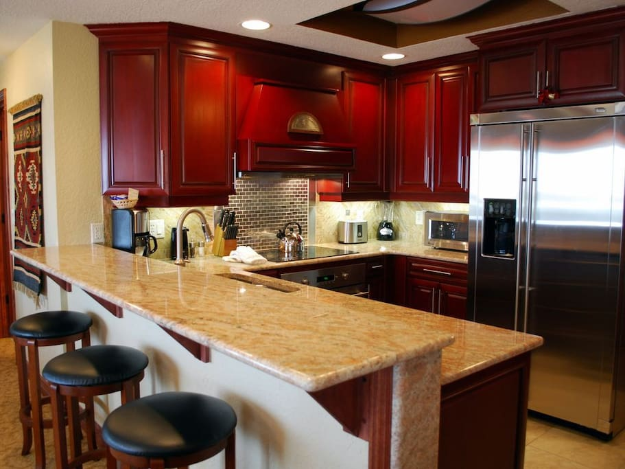 Kitchen with full amenities, just like at home.