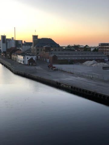 Hyggelig og dejlig havne lejlighed