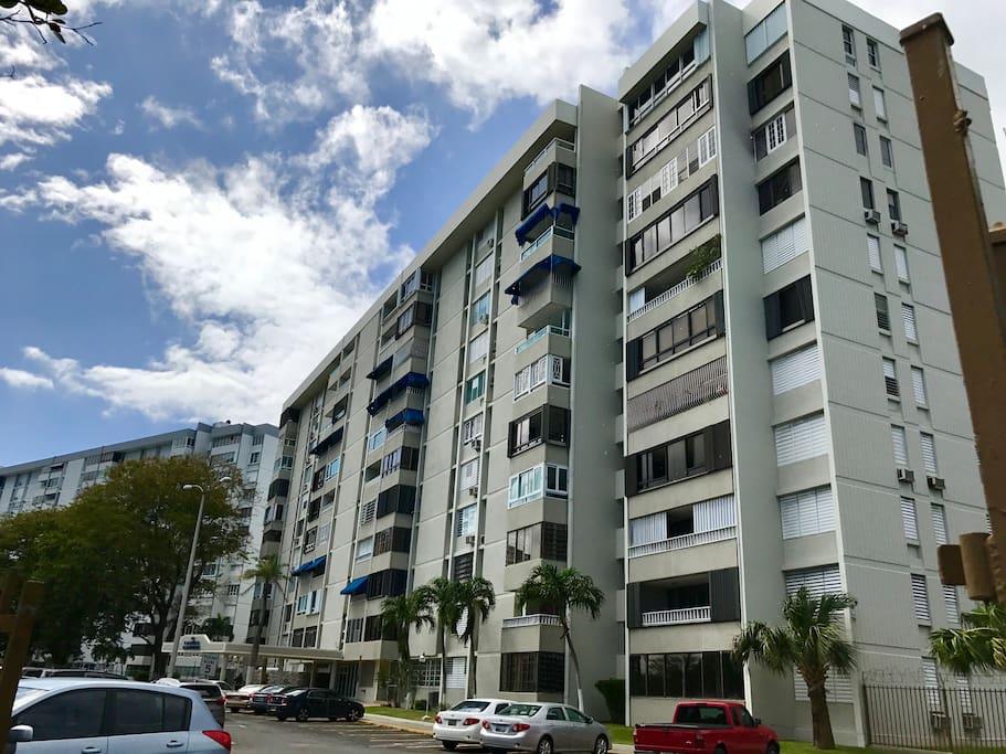 Building Name - Laguna Gardens II