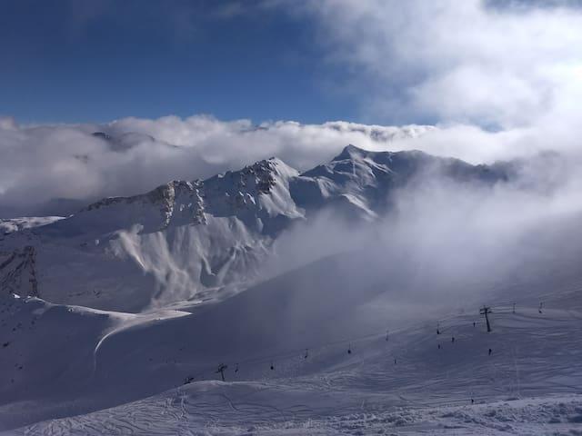 Courchevel retour ski aux pieds skibus à 2 minutes