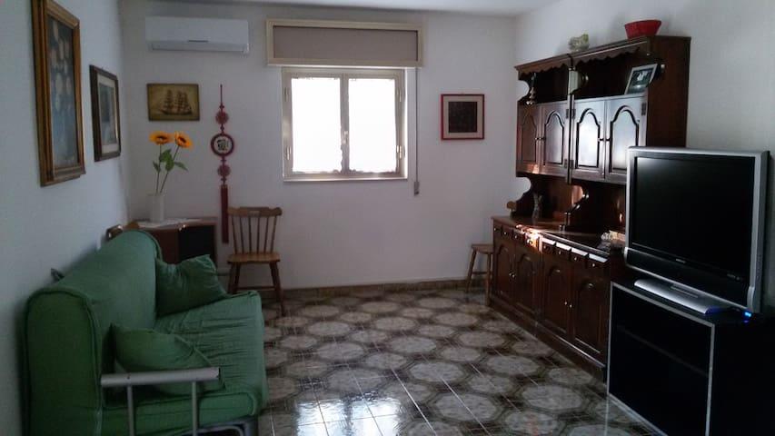 Villa luminosa al mare Pulsano (Ta) - Monti D'arena-bosco Caggione