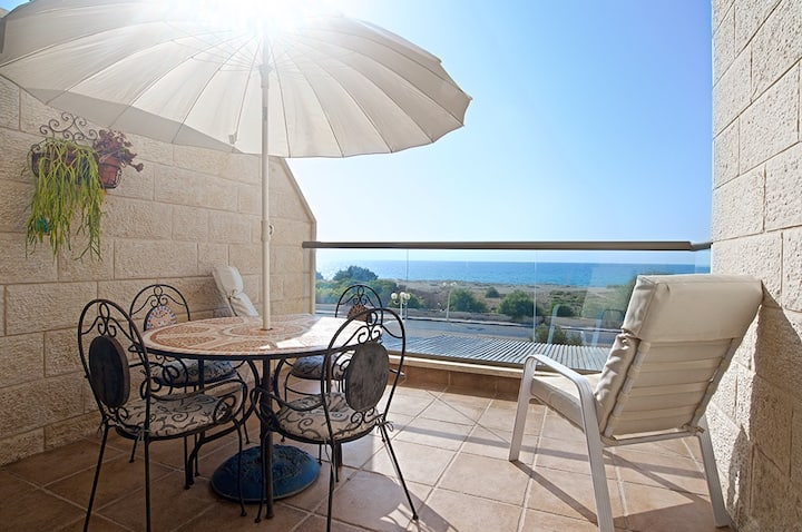 Nahariya beachfront apartment
