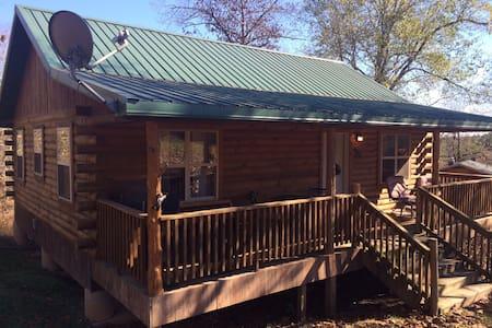 Mark Twain Lodging Cabin #1