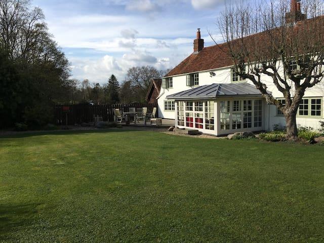 Holiday in the Berkshire Downlands - Inkpen Common - Haus